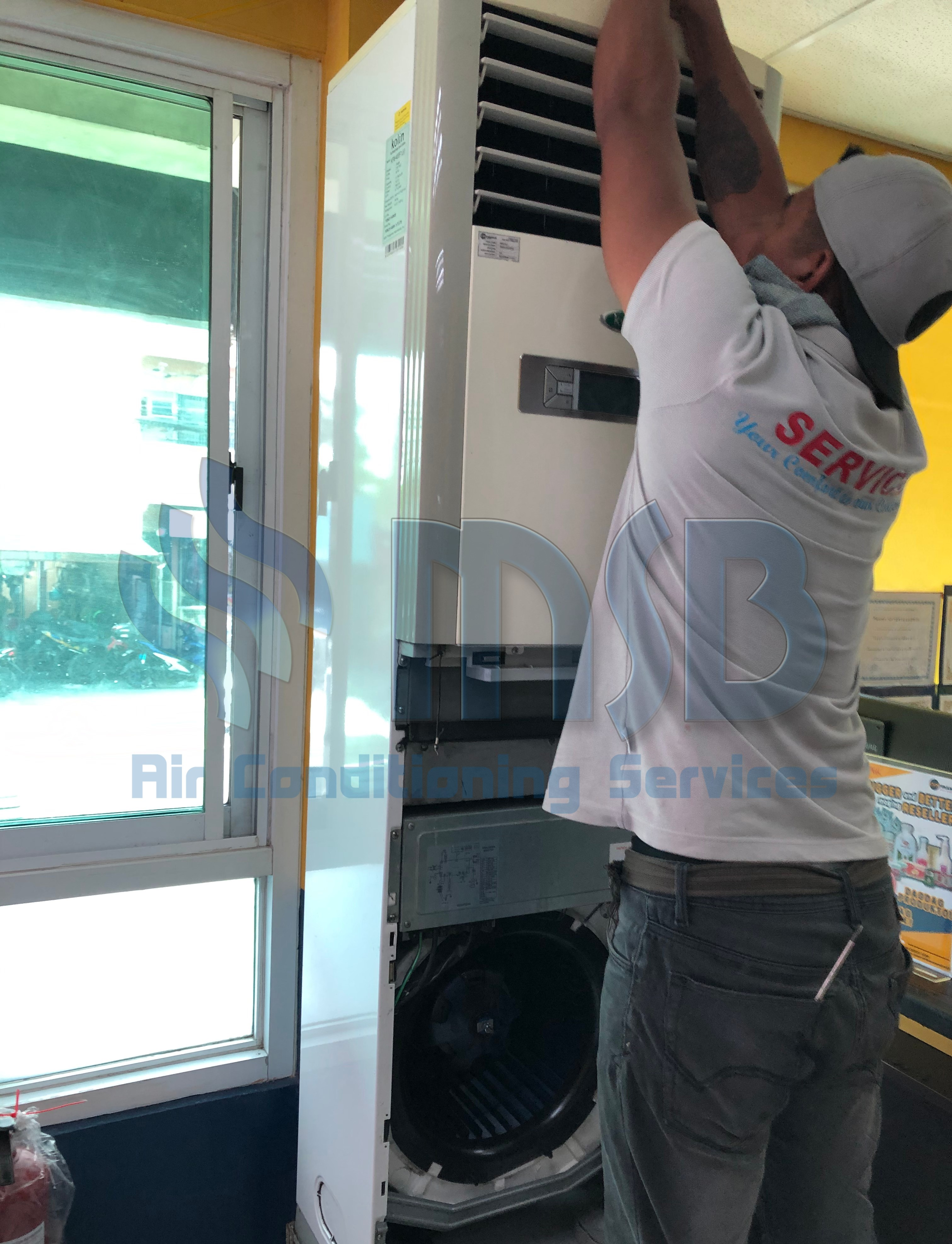 floor mounted aircon cleaning